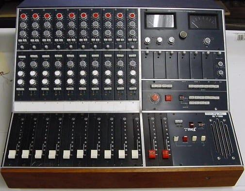 Neve Kelso 10 Channel 2 Group Small Mixing Desk