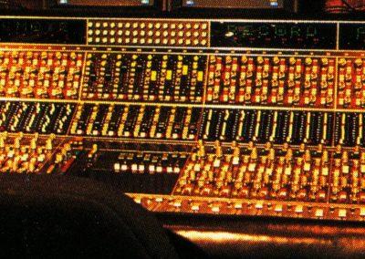 API 48 Input Mixing Console